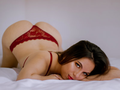 Samantha_jovovich