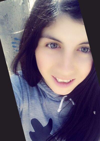 snow_whitee_
