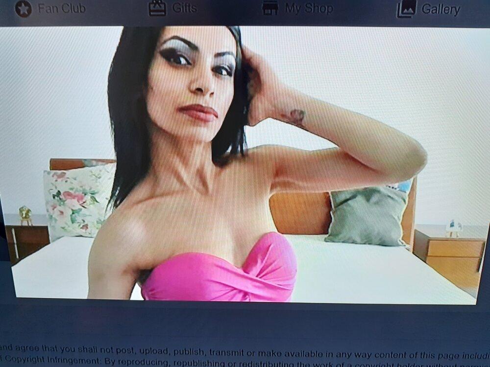 hotSANDRA_STARR at StripChat