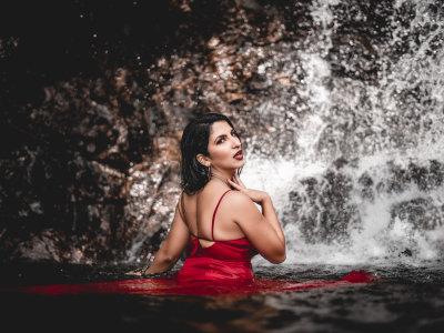 ScarletWhite18