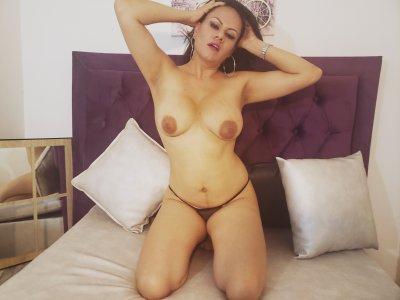 Milf_VickyBonnet