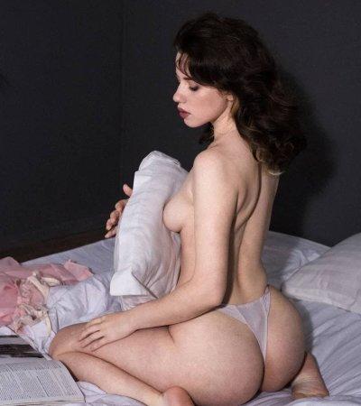 Freya_Lowson
