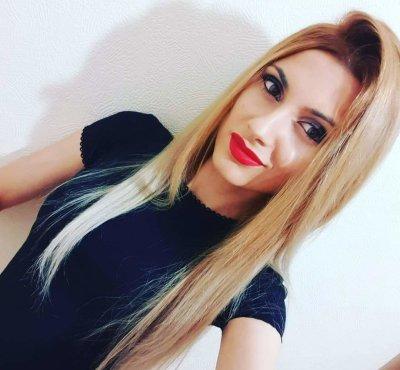 IsabelleRoss1x