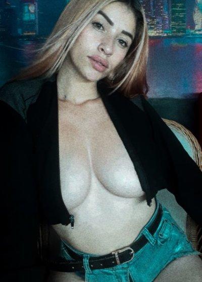 Sexy_brendaa