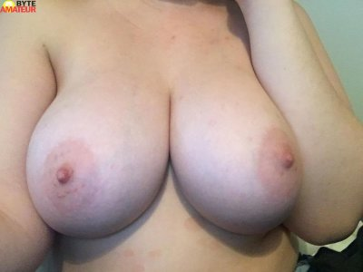 Luciana_bigtits_