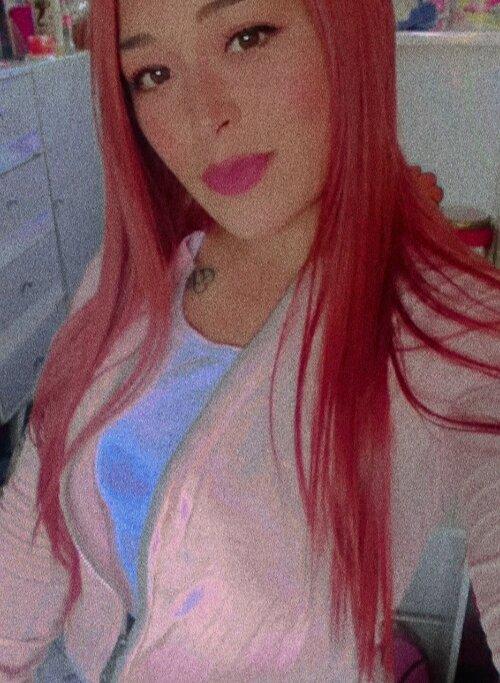 leyla_red at StripChat