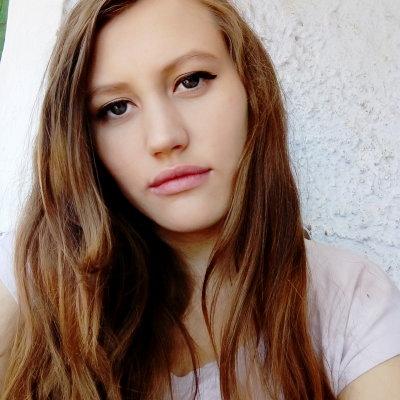 Lora_Summer_