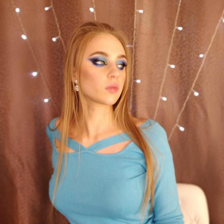 LilyHailey at StripChat