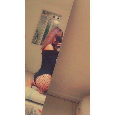 ariana_moss