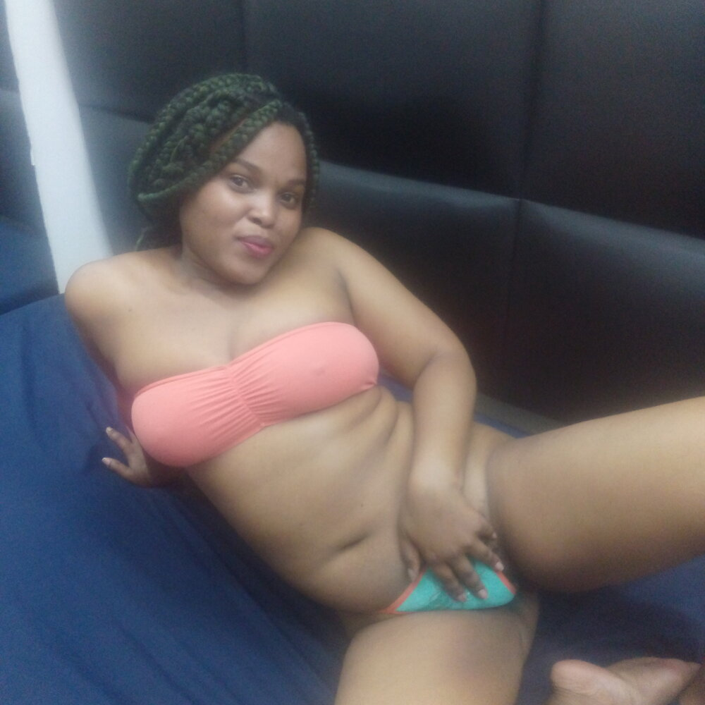 SWEET_CANDDY25 at StripChat