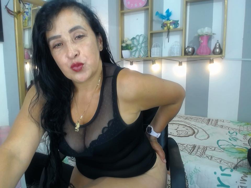 samara_saenz at StripChat