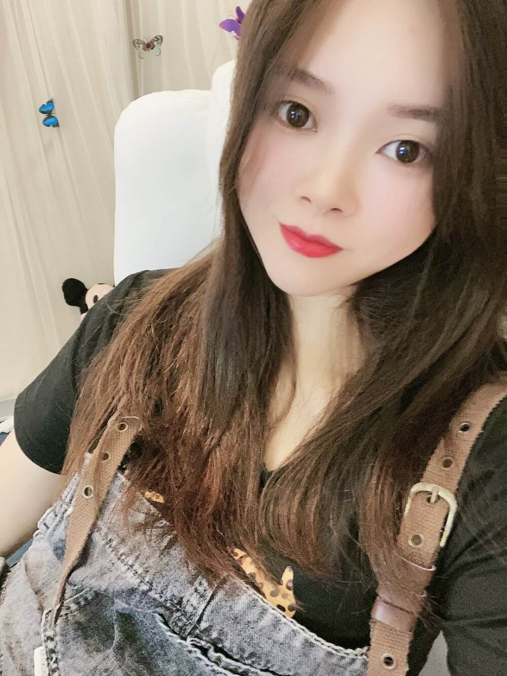 Watch  Xiaoqinqin live on cam at StripChat