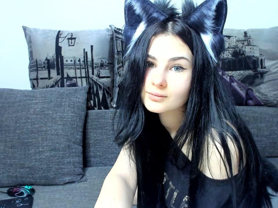 Husky_Girl at StripChat