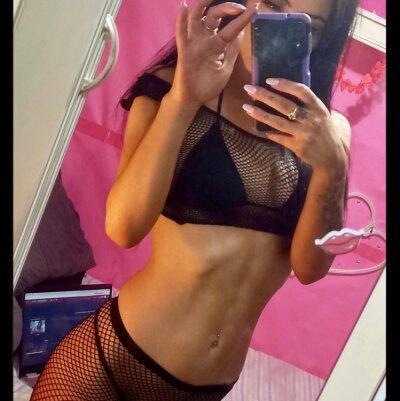 Naomi_89xx