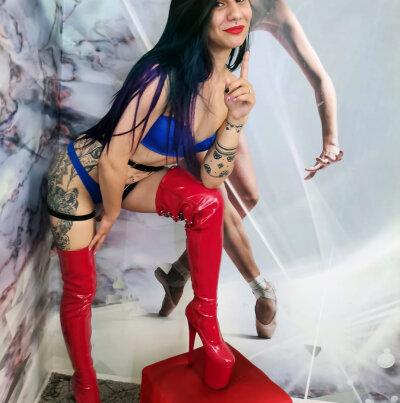 StripChat KahlaLogan chaturbate adultcams