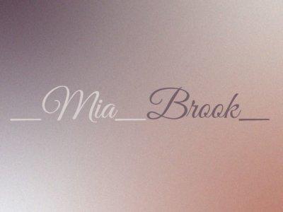 _Mia_Brook_