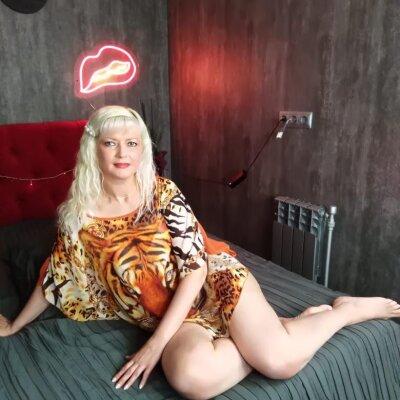 Lilia_blonde