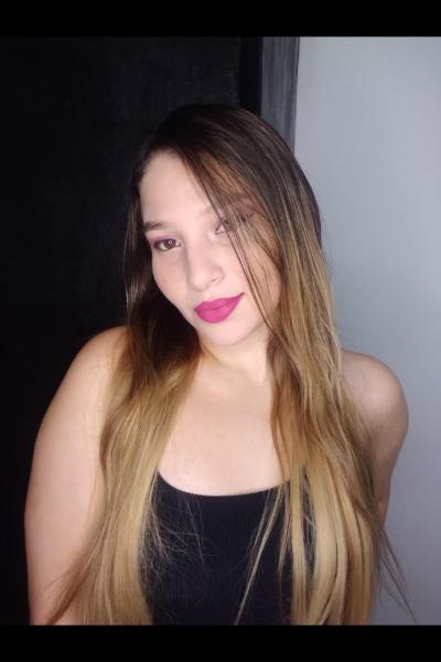 Martina_Grey
