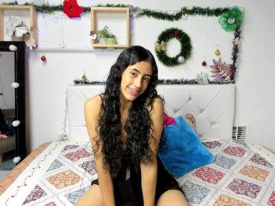 Salma_thin