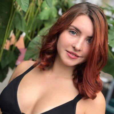 Melania_Farey