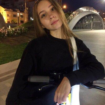 Stephanie_Adet