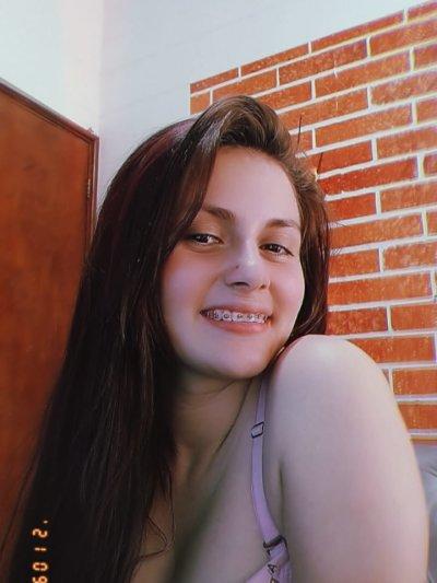 Sarah_mora