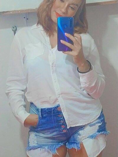 Darlene_Velez
