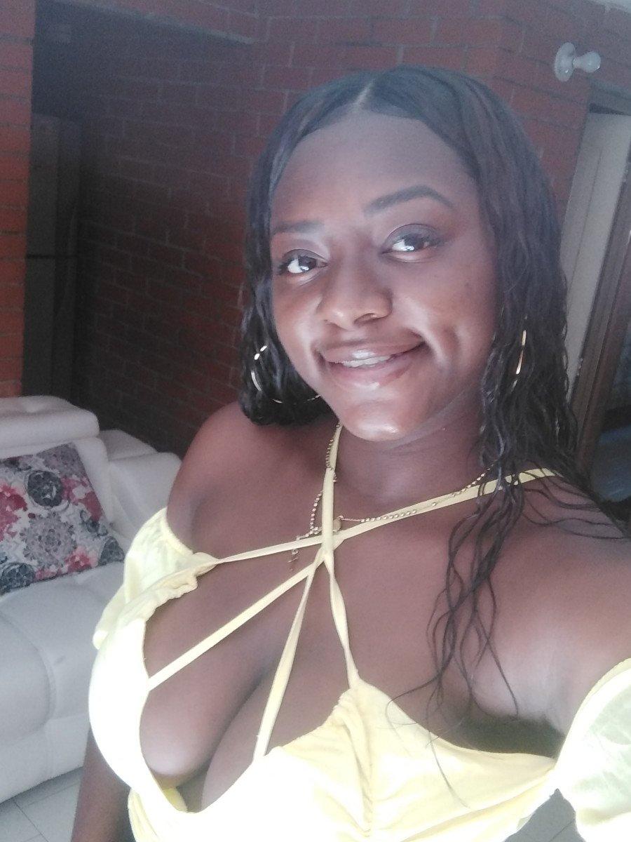 AdharaHills at StripChat