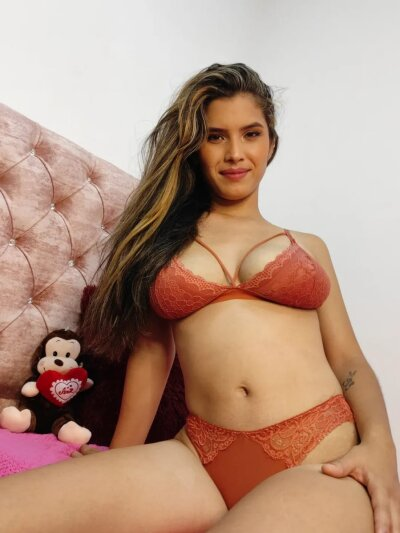 StripChat Mile_pretty chaturbate adultcams