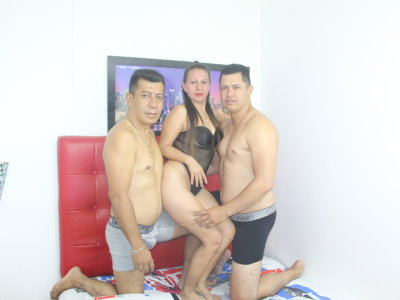 StripChat husbanAndLOVERXXX chaturbate adultcams