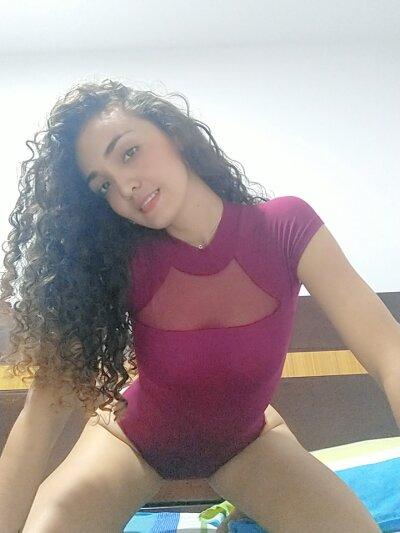 Curly_Yoxi