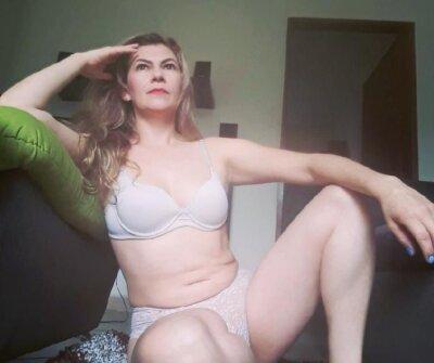 StripChat Oriana_sweet69 chat