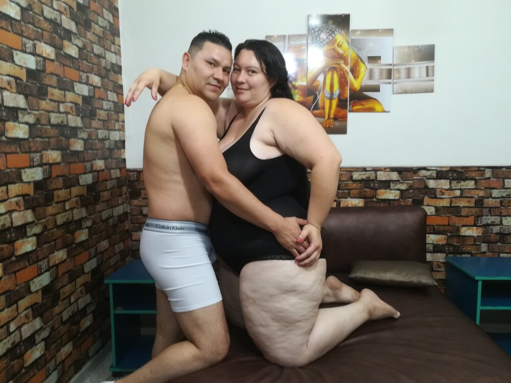 Watch  violetaxjhon live on cam at StripChat