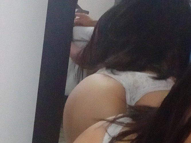 francesca_hotxxx at StripChat