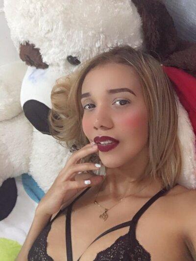 Mia_sexy100