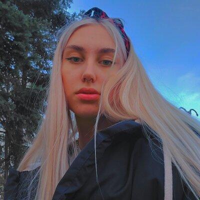 HornyStudentEva