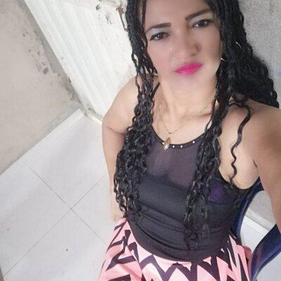 Esmeralda_77