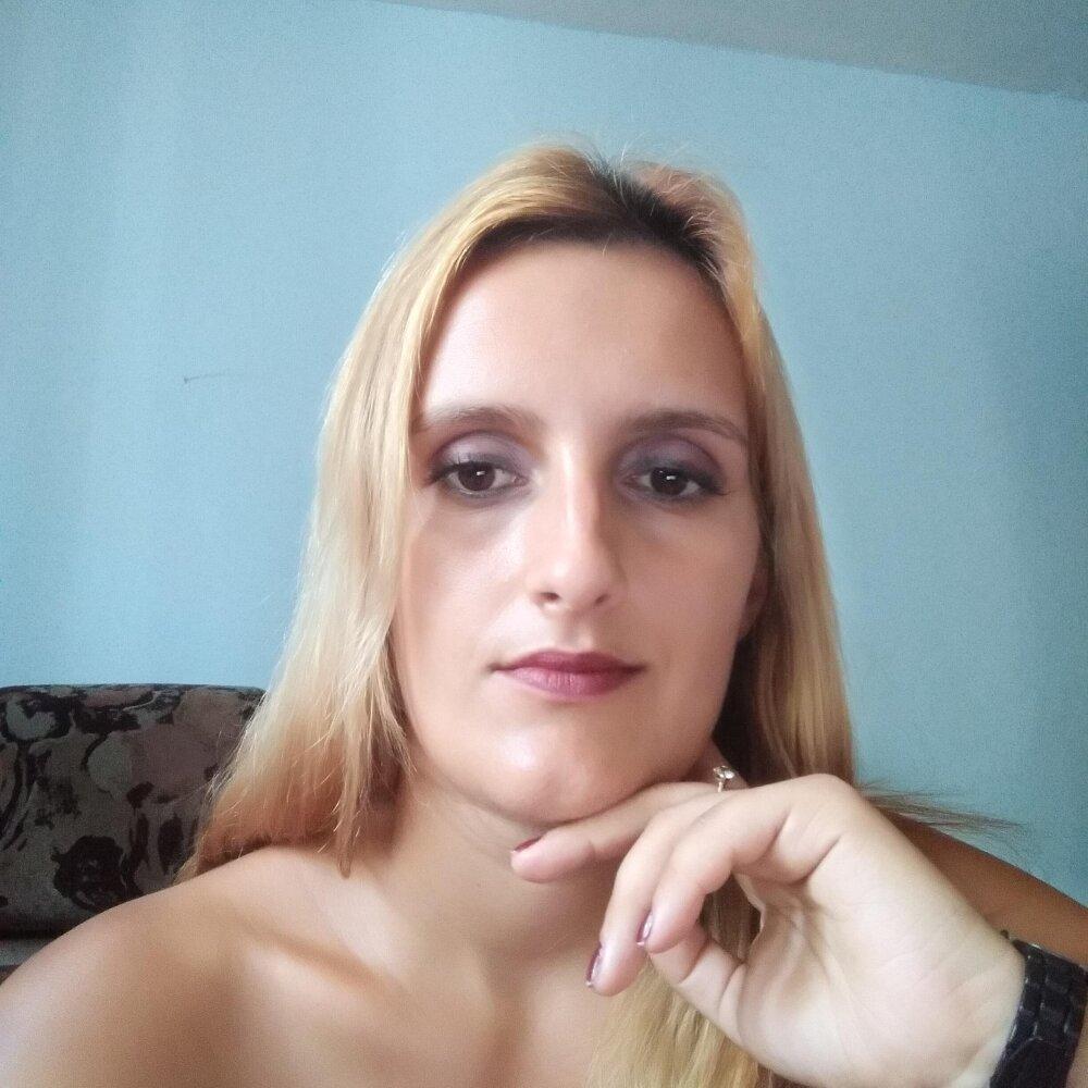 BrendaLee33