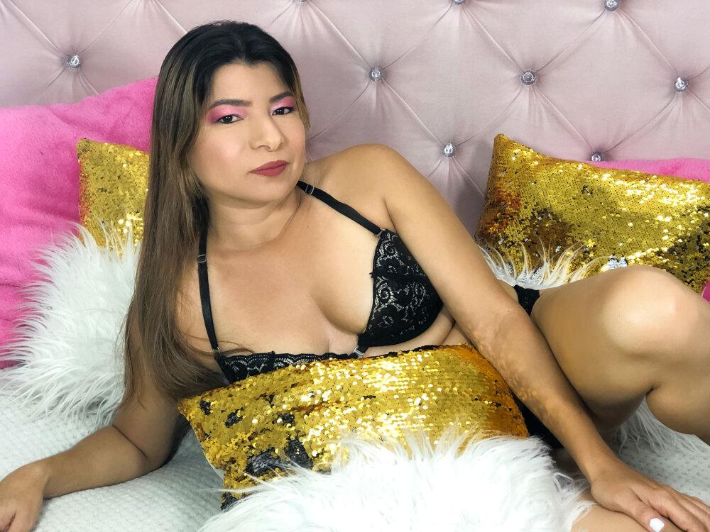 ZoniaAnders at StripChat