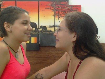 LesbiansTasty