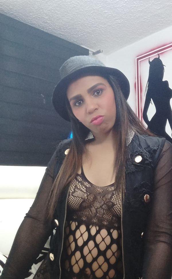 SASHA_HOT1 at StripChat