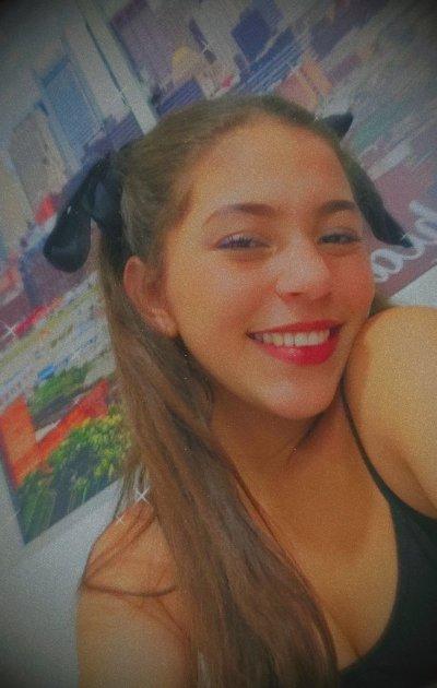 Bella_Tyson