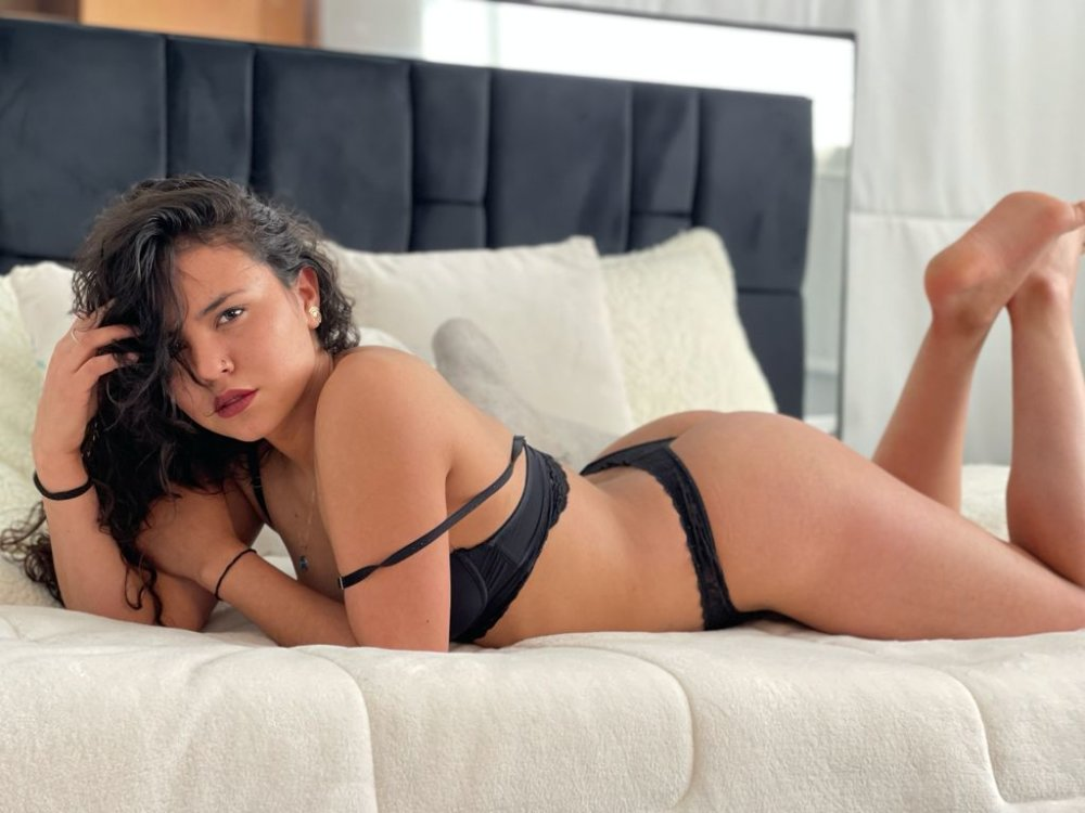 Watch  _pinky1 live on cam at StripChat