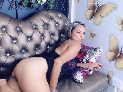 Amanda_milf