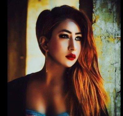 Olivia_moto