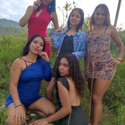 Naughty_girls2021