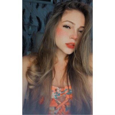 Kylie_01