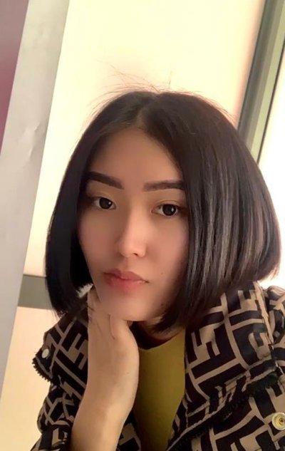 Lucy_ayama